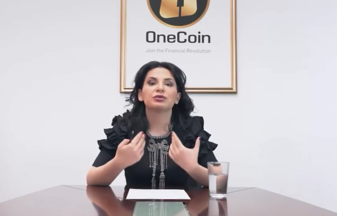 Cryptocurrency onecoin scam sell bitcoins with paypal