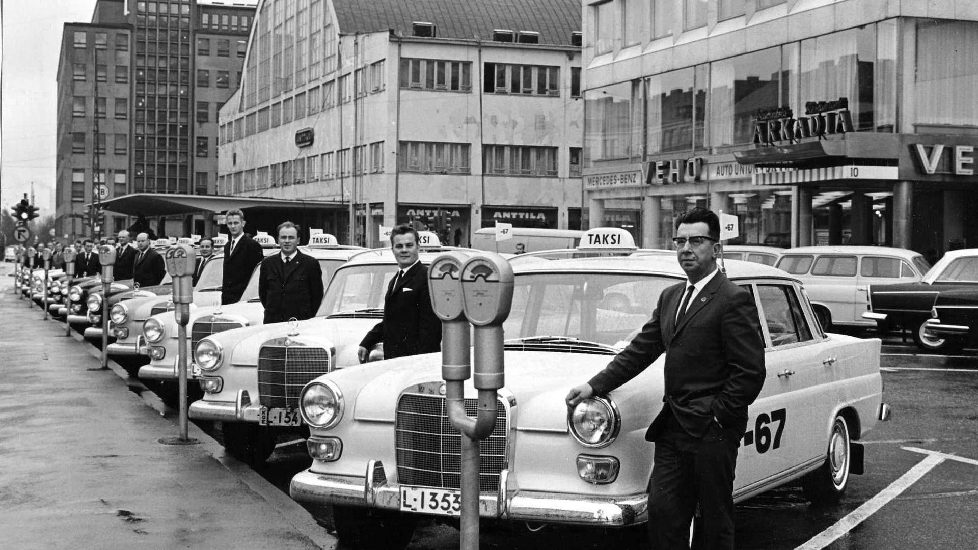 Mercedes taxis in 1966