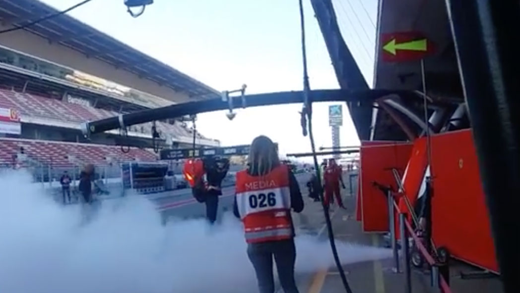The reason for white engine smoke from Ferrari F1 SF71H car in 2018 - Formula 1 Fact